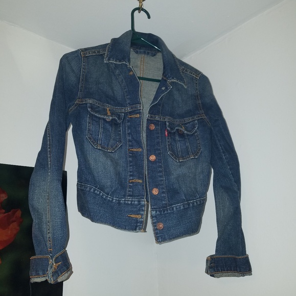 Levi's Jackets & Blazers - Levi's Jean jacket